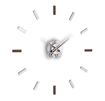 Orologio da parete Illum di color wengè da Incantesimo Design